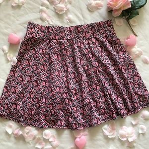 CHARLOTTE RUSSE PINK AND RED STRETCH FLORAL SKIRT